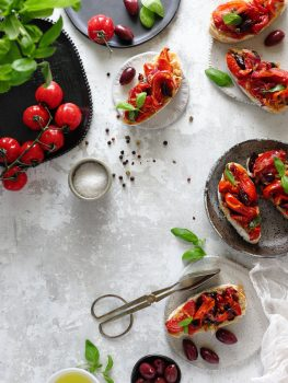 Bruschetta with roasted tomatoes and olives